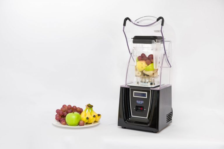 Enpee 1800W Blender with Sound Reducing Cover with Additional Jar